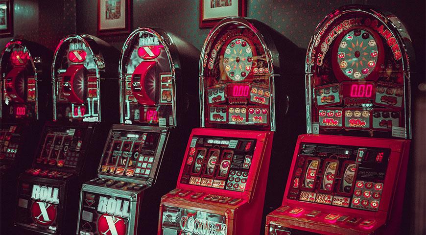 Featuredpost 2 Entertaining Online Slots Themed Around British Musicians - 2 Entertaining Online Slots Themed Around British Musicians